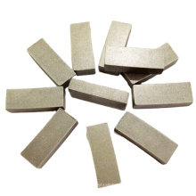 Sintered diamond saw blade for cutting marble granite and concrete