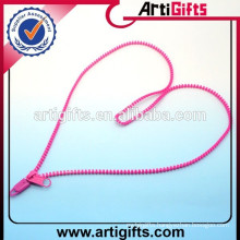Fashion plastic zipper men's necklace