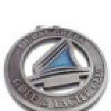 Medalla de evento deportivo de moda antigua con recorte relleno de epoxi