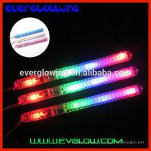 bâton lumineux de lumière clignotante en plastique