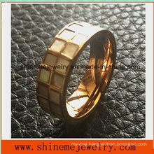 High Quality Stainless Steel Shell Inlaid Jewelry Finger Ring (SSR2693)