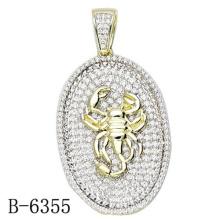 A jóia a mais atrasada do pendente da prata esterlina do projeto 925 com diamante