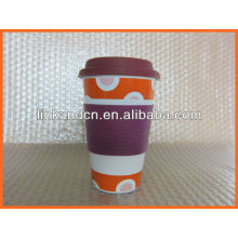 Haonai KC-00942 white ceramic mug with lid and sleeve