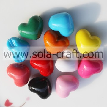 12*14*17MM Opaque Solid Colors Brilliant Heart Charm Beads Pattern