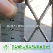 Fabricación de alambre de metal expandido