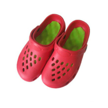 Chaussures de haute qualité de couleur différentes à vendre