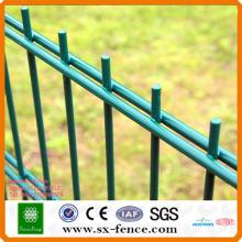 Poudre pulvérisée double clôture