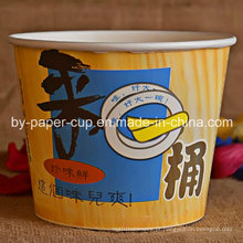Retirar o recipiente de comida descartável