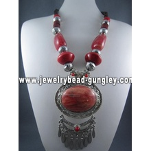 Handmade fashion necklaces