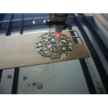 réduction sur la machine de découpe de gravure laser Noël CO2 pour le bois, l'acrylique, la gravure et le découpage des métaux