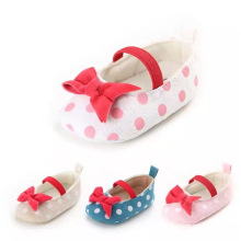 Cheap Simple style Lovely Bow-knot Kid shoes Soft newborn baby Sandals shoes child prewalker Dot casual shoes for 3-12 month Cheap Simple style Lovely Bow-knot Kid shoes Soft newborn baby Sandals shoes child prewalker Dot casual shoes for 3-12 month