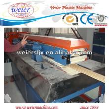 Aplicação de beira-mar de painéis do decking WPC placa máquina