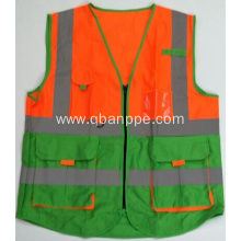 Biocolor reflection reporter vest with pockets