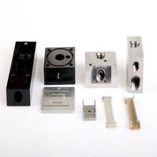 Usinagem CNC com diferentes tipos