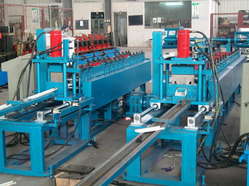 U Keel Roll Forming Machine