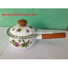carbon steel with enamel coating saucepan with wooden single handle