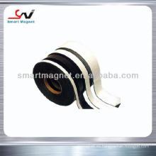 Flexible de extrusión de caucho ducha puerta magnética banda