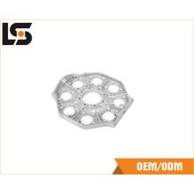 Изготовленные на заказ алюминиевые заливки формы запасных частей швейной машины