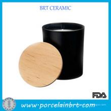 Tarros de velas negros decorativos caseros con la tapa