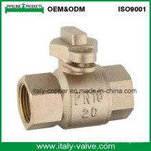 Vanne à bille en laiton à verrouillage de qualité personnalisée (AV40010)