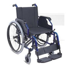 Rollstuhl aus Stahl und Aluminium