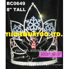 Schönheitswettbewerb Tiaras und Kronen