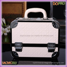 White Color Quilted PU Leather Aluminum Cosmetic Case (SACMC013)