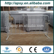 Wholsale Metal Galvanized or Powder coated modular crowd control barrier Pedestrian Barricades