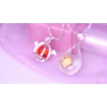 31814 colgante en forma de mano religiosa Xuping joyería moda de 18 quilates chapado en oro