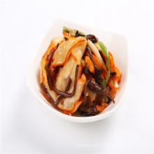 Délicieuse salade de calamars assaisonnés Chuka Ika Sansai japonaise
