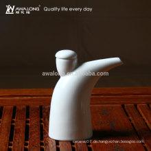 Heißer Verkauf neuer Entwurf keramischer Essigflasche spezieller Entwurfsporzellan-Essigtopf einzigartiger Entwurf Ochsenhorntopf