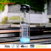 Bouteille d'eau en plastique de nouvelle conception avec insert d'infuseur