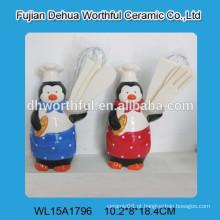 Popular pinguim cozinheiro projetado titular utensílio de cerâmica para cozinha