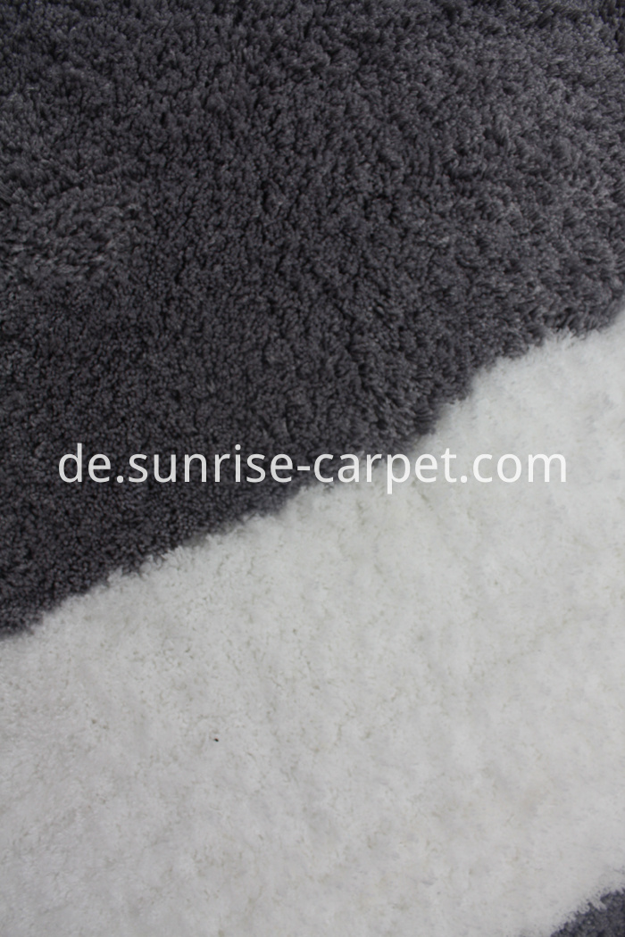 Microfiber Rug with Design Grey and white color