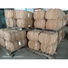 Sachet de 10kg en jute avec tige de piment yidu