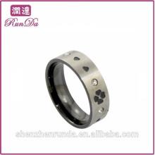 Vente en gros en acier inoxydable avec anneaux de coeur et de diamant