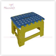 Chaise pliable de couleur mélangée en plastique vigoureux