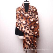 Hot Sale Women Latest Luxury Leopard Print Autumn Winter Hijab Warm Soft Pashmina Hand Feeling Shawl Scarf
