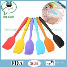 Pequeño cuchillo de mantequilla de la torta Cuchillo de cocina barato del silicón Bakeware Ss13 (S)