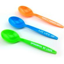 PP / PS cuchara desechable cuchara de plástico 15 cm cuchara de plástico