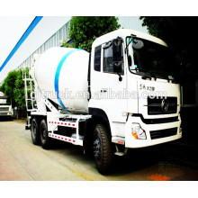Nuevo camión mezclador de concreto 4 * 2 / camión mezclador / 2018 nuevo camión mezclador de Dongfeng / camión de cemento Dongfeng RHD / LHD