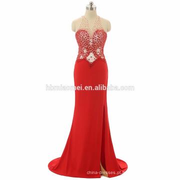 Atacado de alta pescoço projeto mulheres vestido de baile halter alta split backless vestido de baile vermelho inchado com perolização pesada e pequena cauda
