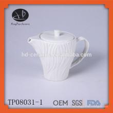 Geprägtes weißes Porzellan-Teekanne, Keramik-Teekanne, neues Design keramischer Wasserkocher