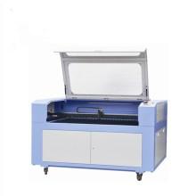 Gravura acrílica do laser do selo do túmulo e máquina de corte