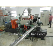 WPC / machine à extrusion en granulés en plastique en bois à deux étages