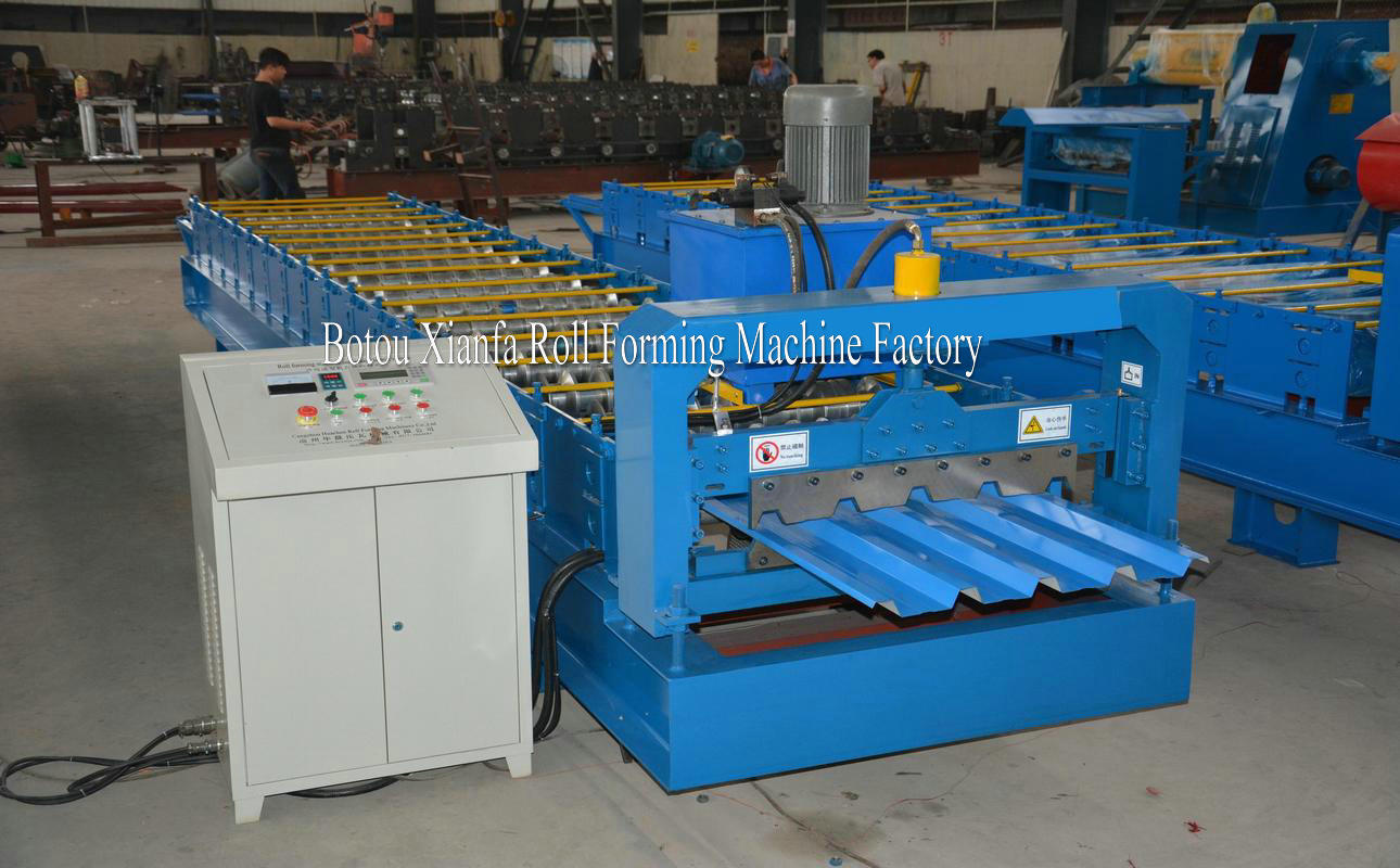 metal panel forming machine