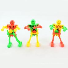 Juguete de plástico de liquidación robot de danza de juguete (h6057027)