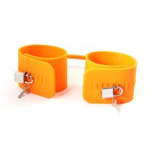New Arrive Erotic Toys Fetish Adult Games Silicone Rubber Handcuff for Sex
