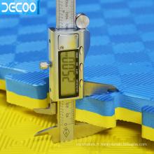 Conditionnement de sécurité non toxique 100 * 100 * 2.0cm Tapis de jeu de lutte en mousse EVA