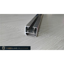 Вертикальная направляющая для штор из анодированного алюминия серебристого цвета